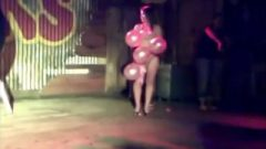 Stripping Game Girl Gets Fully Naked On Stage