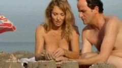 Marie Pape SEXY & TOPLESS – A Dix Minutes Des Naturistes (2012)