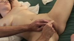 Voluptuous Honey With Natural Tits And Wet Twat Takes Orgasm Treatment